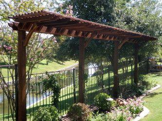 Skinny Garden Pergola Will Look Great In Your Garden The