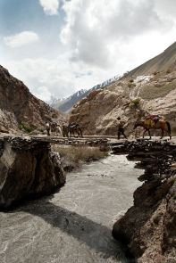 Bridge over the Boraq river . Afghanistan: