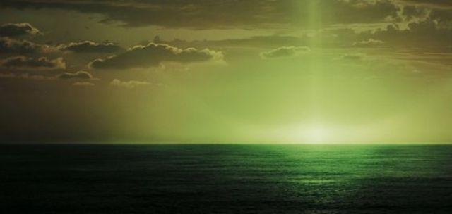 """""""Ever gaze upon the green flash, Master Gibbs?""""  ~ Captain Barbossa, POTC 3:"""