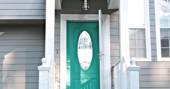 Pop Of Color On The Front Door Small Porches Southern