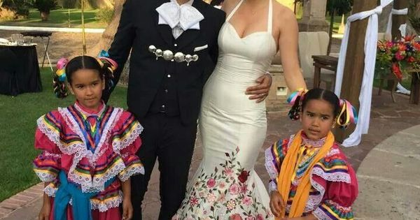Beautiful Mexican Tradition Wedding
