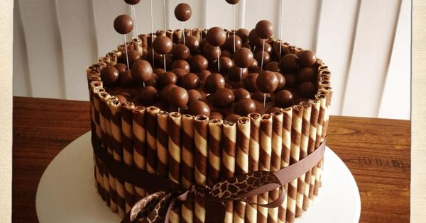 Malteser Wafer Stick Cake Cakes Amp Cake Decorating