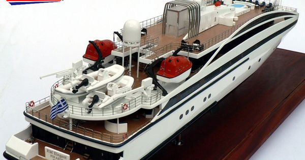 RM Elegant Piraeus Model Custom Mega Yacht Models Pinterest Models
