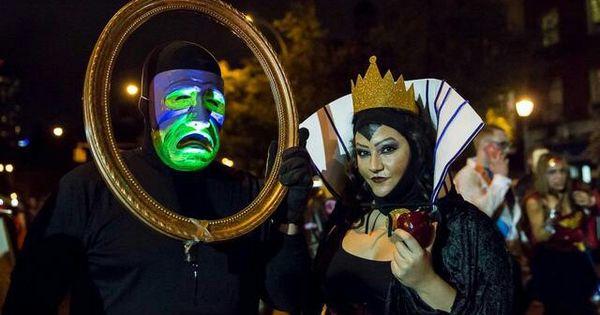 Snow White Evil Queen And Magic Mirror Costume