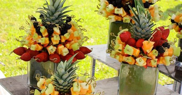 Anyone Craving An Edible Fruit Arrangement? #lynncravings