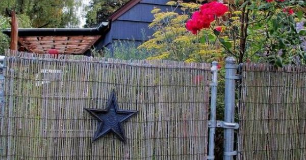 Diy Beautify A Chain Link Fence With Bamboo Chain
