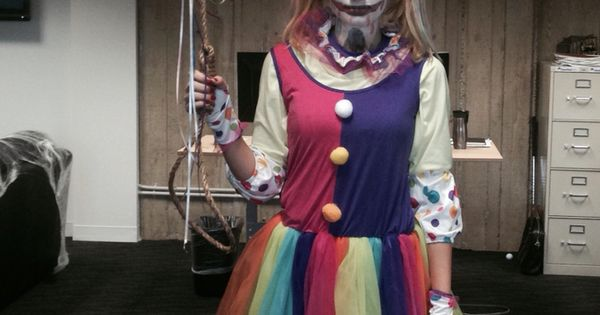 Women's Scary Clown Halloween Costume Ah!!