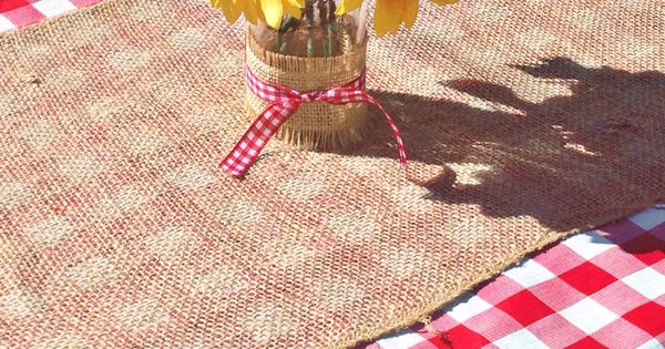 BaByQ Red Gingham Tablecloth With Burlap Runner And