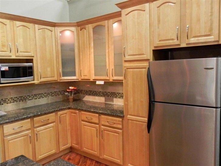Kitchen Design, Delectable Brookfield Light Maple Kitchen ... on Light Maple Cabinets With Black Countertops  id=89084