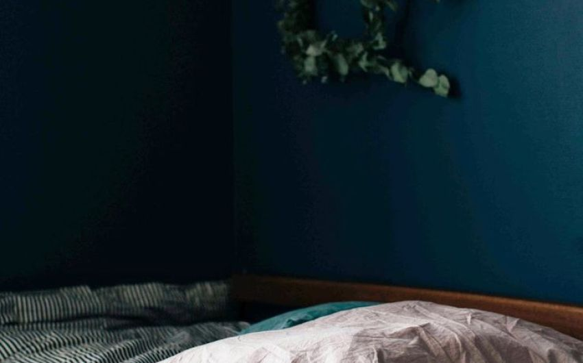 25 Best Ideas About Midnight Blue Bedroom On Pinteres