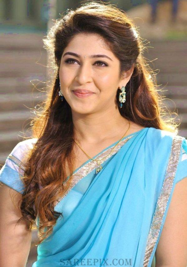 Sonarika bhadoria beautiful smile in half saree ...