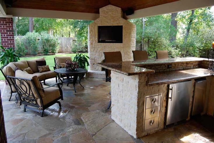 17 best images about outstanding outdoor kitchens on pinterest luxury pools fireplaces and on outdoor kitchen tv id=39445