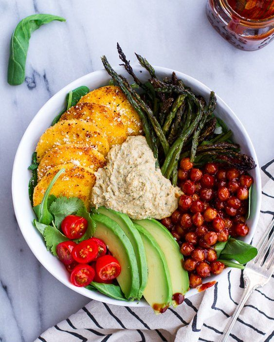 Step up your lunch game with a BBQ chickpea & crispy polenta bowl