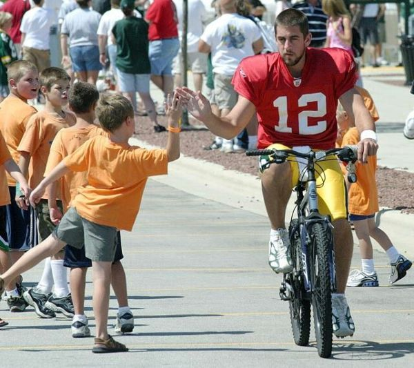 17 Best images about Aaron Rodgers on Pinterest | Bart ...