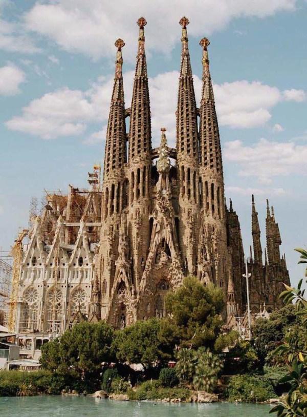 BEEN to the very impressive La Sagrada Familia. Photos ...