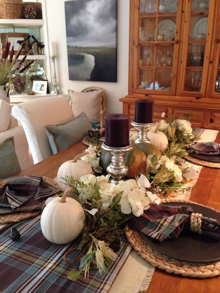 Fall Dining Table Love Pottery Barn Hunter Plaid Table Runner And Napkins Fall Decorating