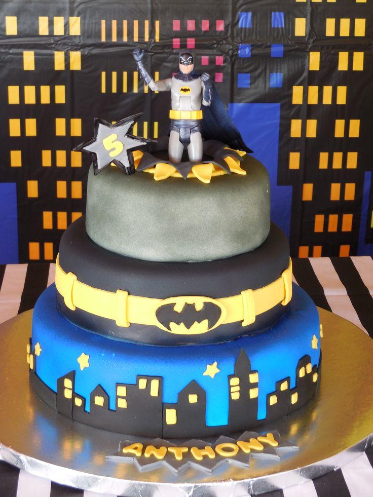 17 Best Images About Batman Cake Ideas On Pinterest