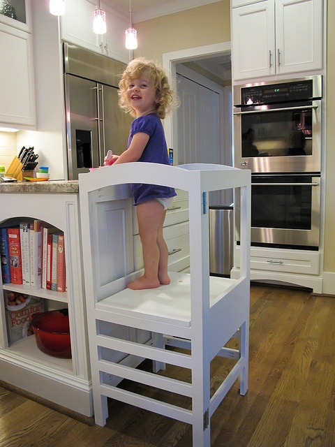 Modified Folding Kitchen Helper From DIY