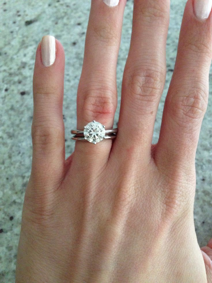17 Carats On 45 Size Hand 18 Mm Band She Asked