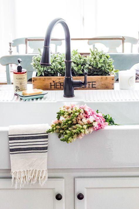 17 Best Ideas About Vintage Farmhouse Sink On Pinterest