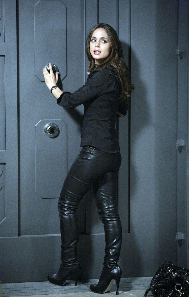 Stephanie Mcmahon Black Pants