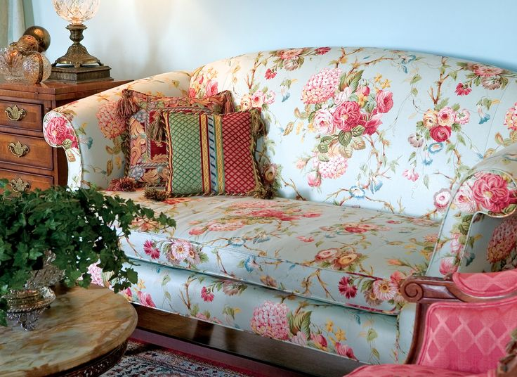 1000 Ideas About Floral Sofa On Pinterest Country Cottage Furniture Sofa Makeover And