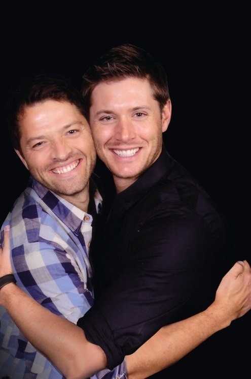 Cockles/Destiel background - Misha and Jensen | // Destiel ...