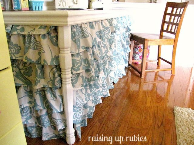 Check Out This Table Skirt Made From SHOWER CURTAINS Great Way To Use An Old Table In A