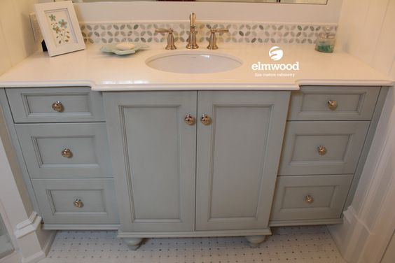 20 Best Ideas About Traditional Vanities On Pinterest