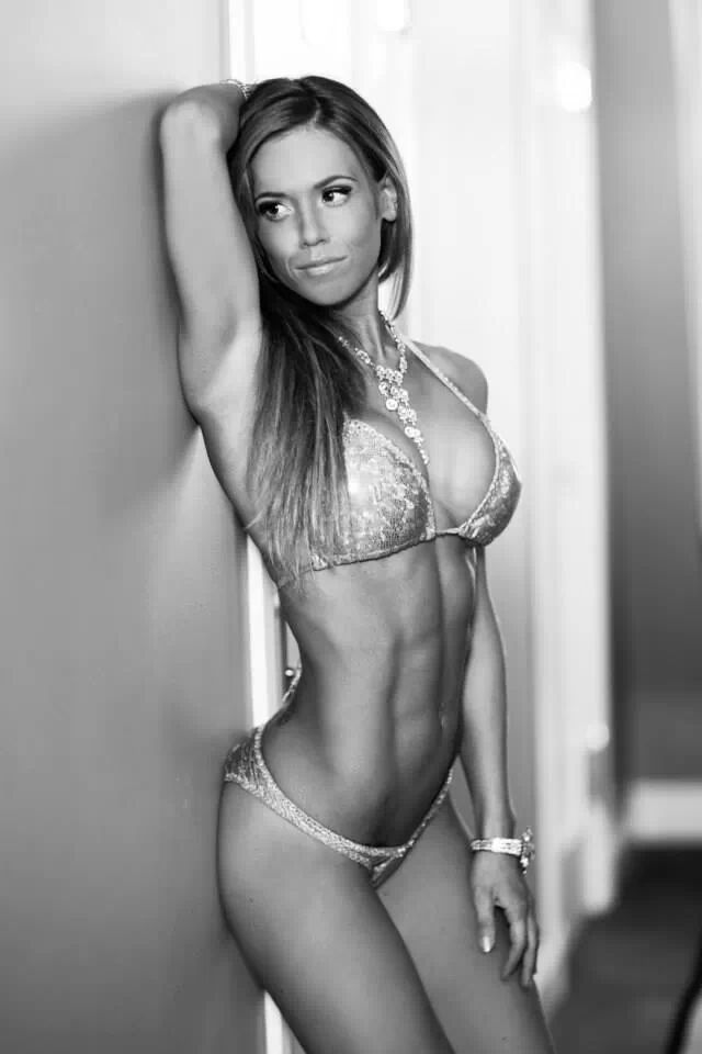 Want to get your stomach Summer ready? Here are some great tips for flat abs