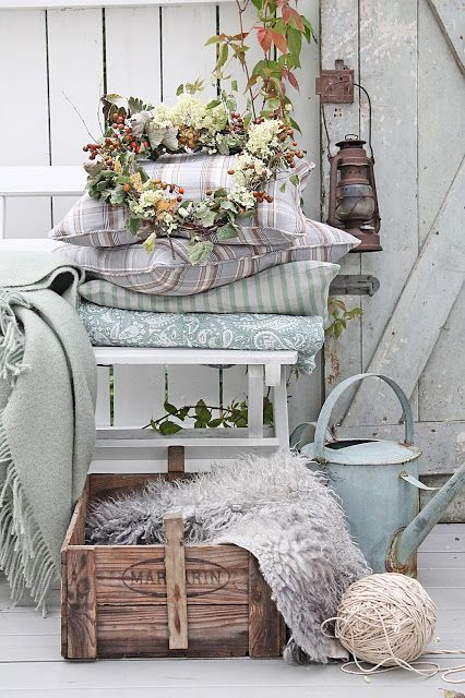 Pretty Fall Porch Decor Ideas Via VIBEKE DESIGN One Way