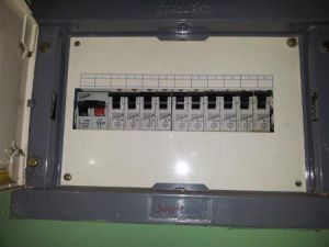 Main Electrical Panel, Subpanels and Circuit Breakers in Home Wiring | DIY Home Improvement