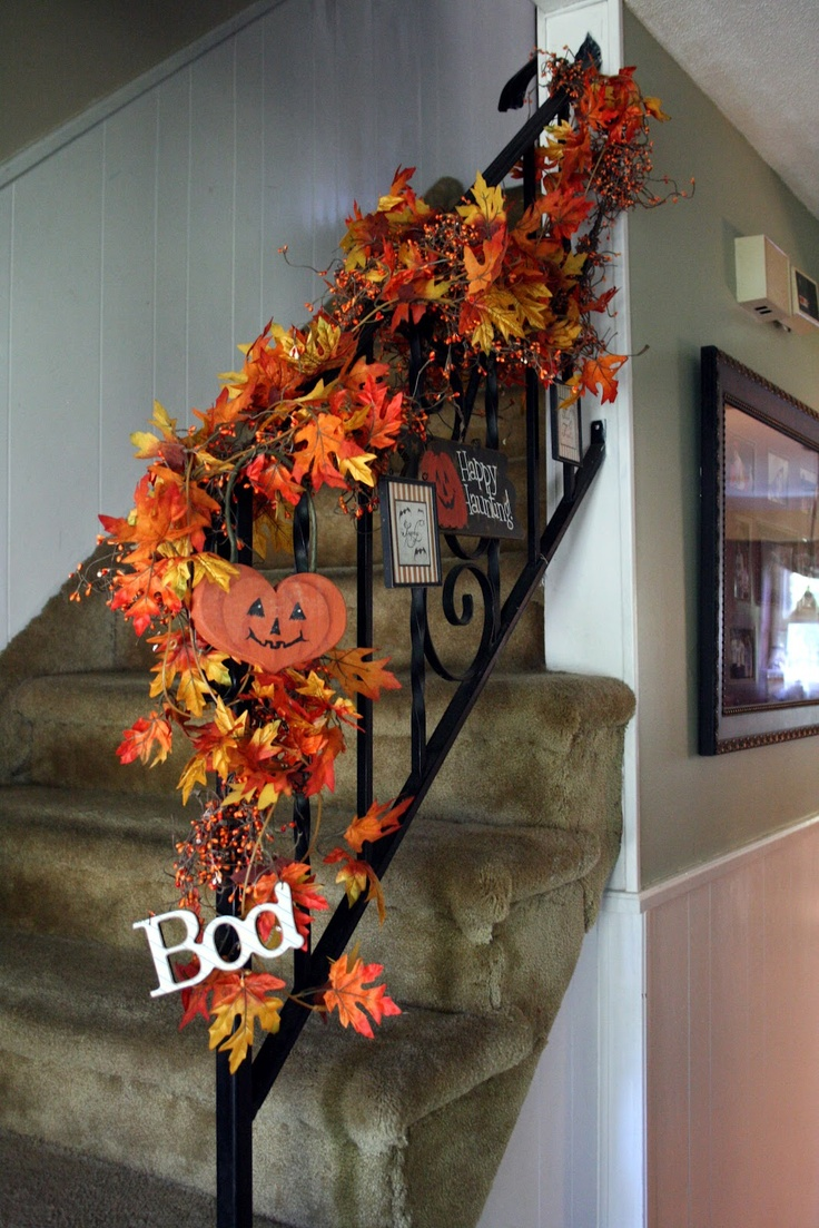 17 best images about halloween staircase stairs on on favorite diy fall decorating ideas add life to your home id=33709