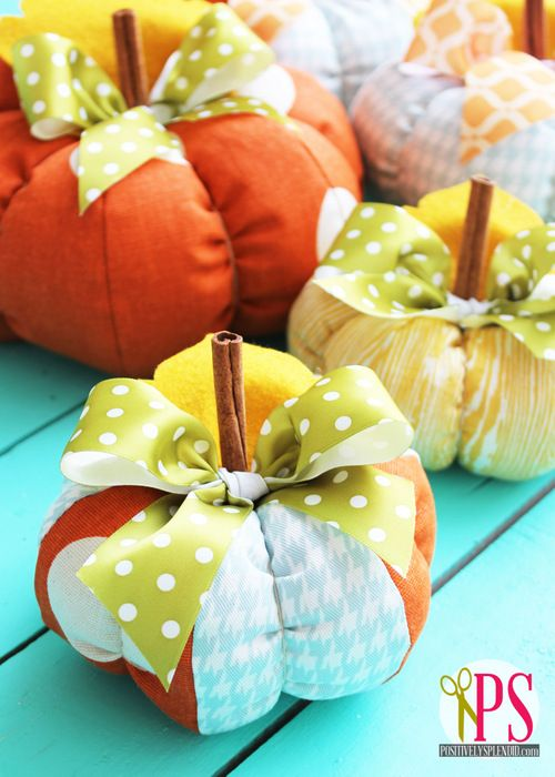 Next year - or maybe for Thanksgiving. Positively Splendid {Crafts, Sewing, Recipes and Home Decor}: Plush Patchwork Pumpkin Tutorial: