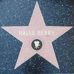 Resultado de imagem para hollywood sidewalk stars halle berry