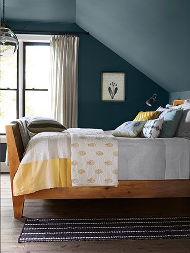 25 Best Ideas About Sloped Ceiling Bedroom On Pinterest Slanted Wall And Walls