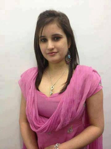 Larkiyan Mohallay Ki Hot and cute desi girls, | good ...