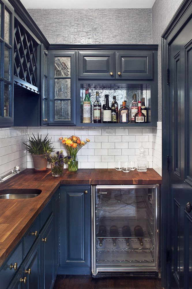 small kitchens can handle deep blue cabinets when the walls are painted a light neutral shade on kitchen cabinets blue id=33300