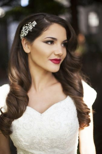 3 Stand Out Bridal Hair Accessory Styles For You To Fall In Love With