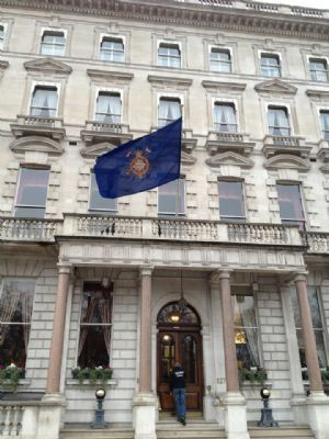 The Cavalry And Guards Club Is A Gentlemens Club At 127