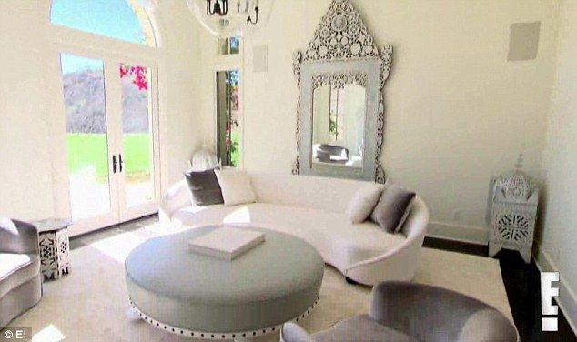 25 Best Ideas About Khloe Kardashian Home On Pinterest Kardashian Home Kourtney Kardashian