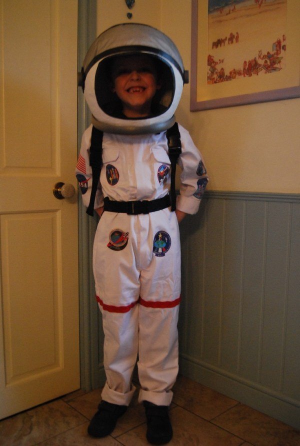 Homemade Astronaut costume for World Book Day....paper ...