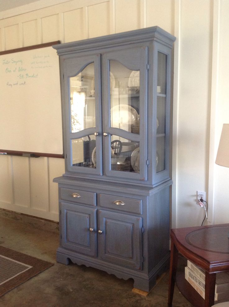 my new craigslist purchase i used chalk paint from lowes on lowe s paint colors id=19270