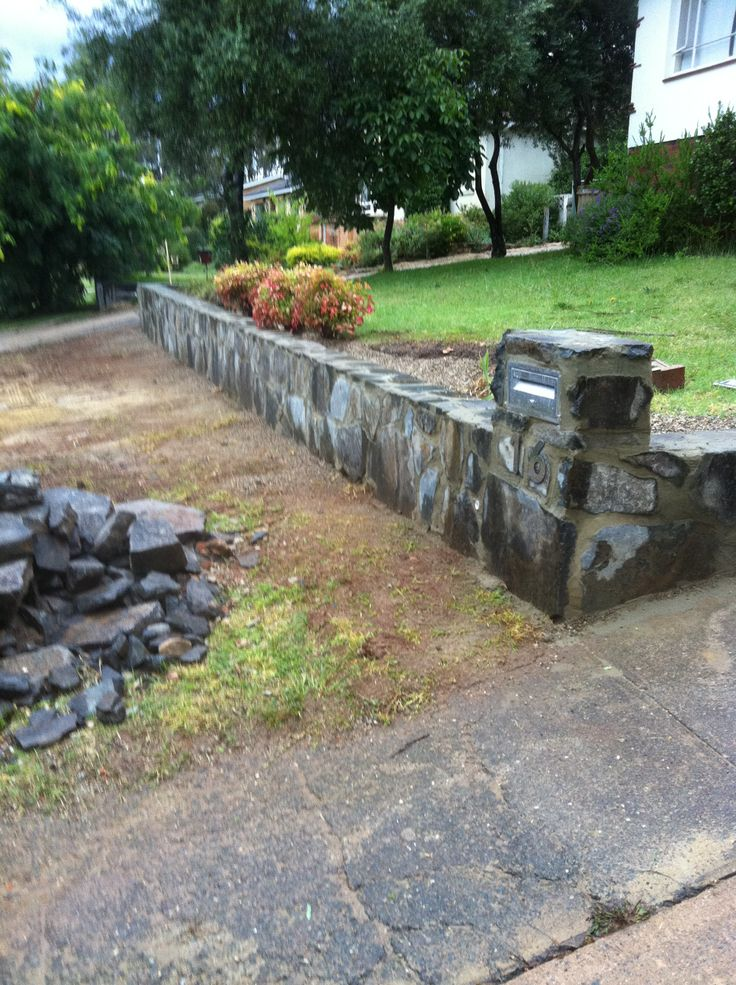 7 best images about stone retaining wall on pinterest on stone wall id=75996