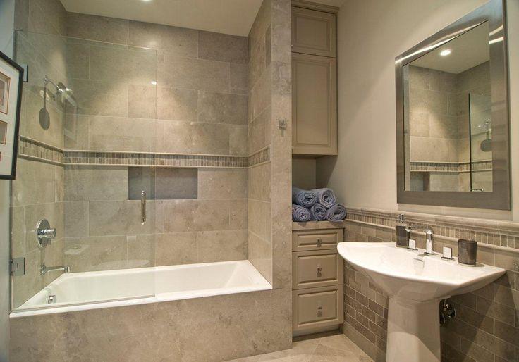 Soothing Bathroom Decoration Using Cream LimeStone And