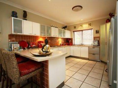 Galley Kitchen Designs With Breakfast Bar Galley Kitchen