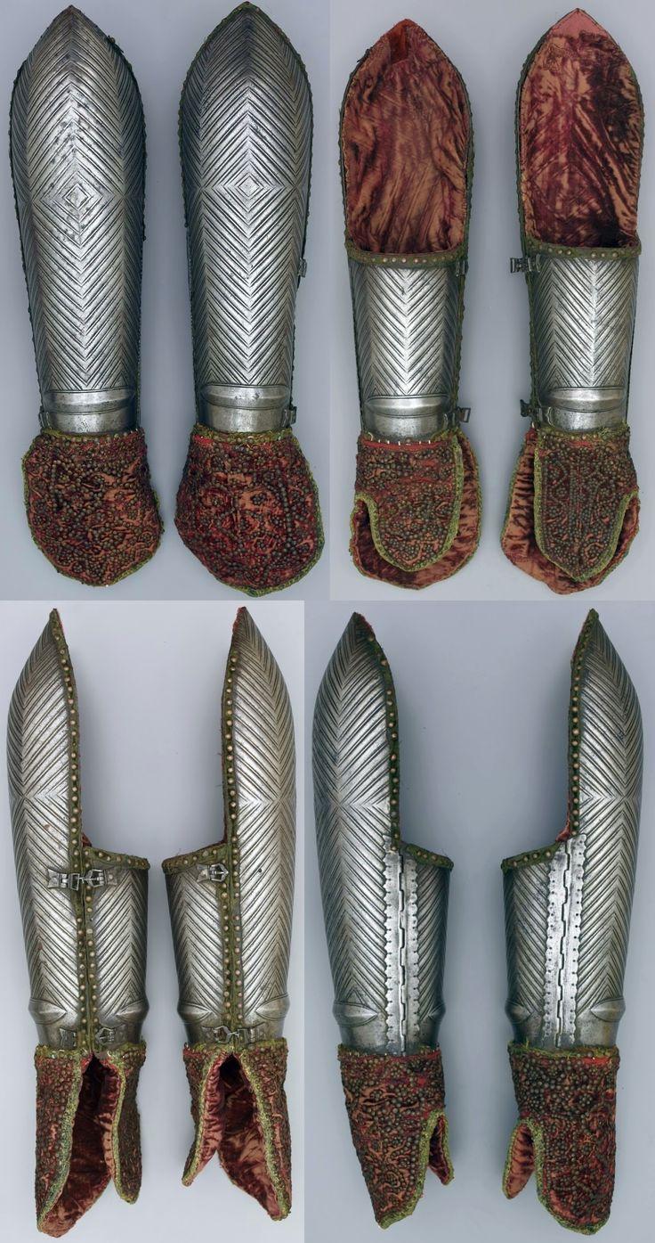Crescent Arm Guard Ragnarok