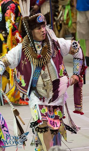 17 Best images about Pow Wow: Men's Traditional on ...
