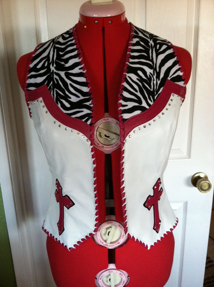 1000 images about rodeo queen on pinterest selena on walls insulated coveralls on sale id=62390