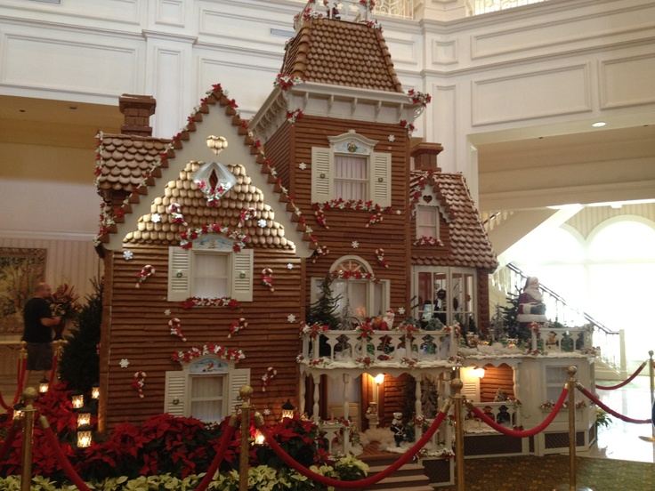Worlds Best Gingerbread House